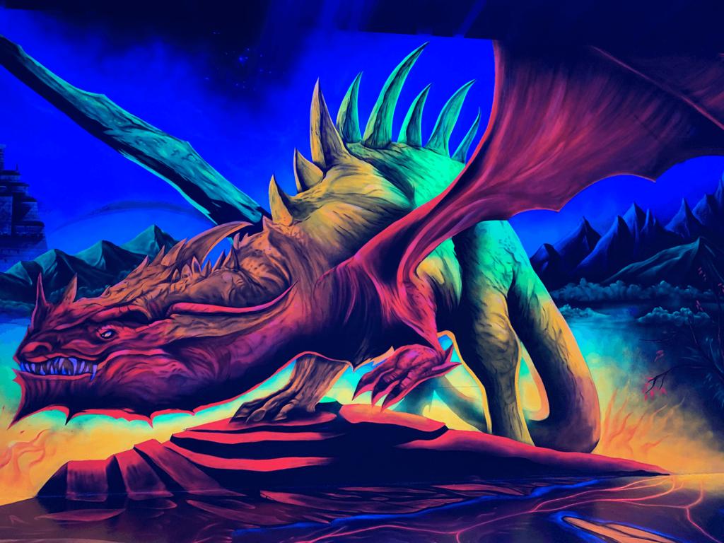 Schwarzlicht Fantasy Wanddesign Drache