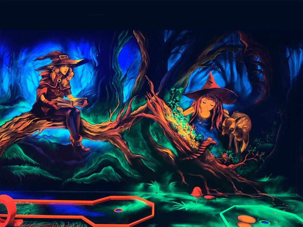 Schwarzlicht Fantasy Wanddesign Hexenwald