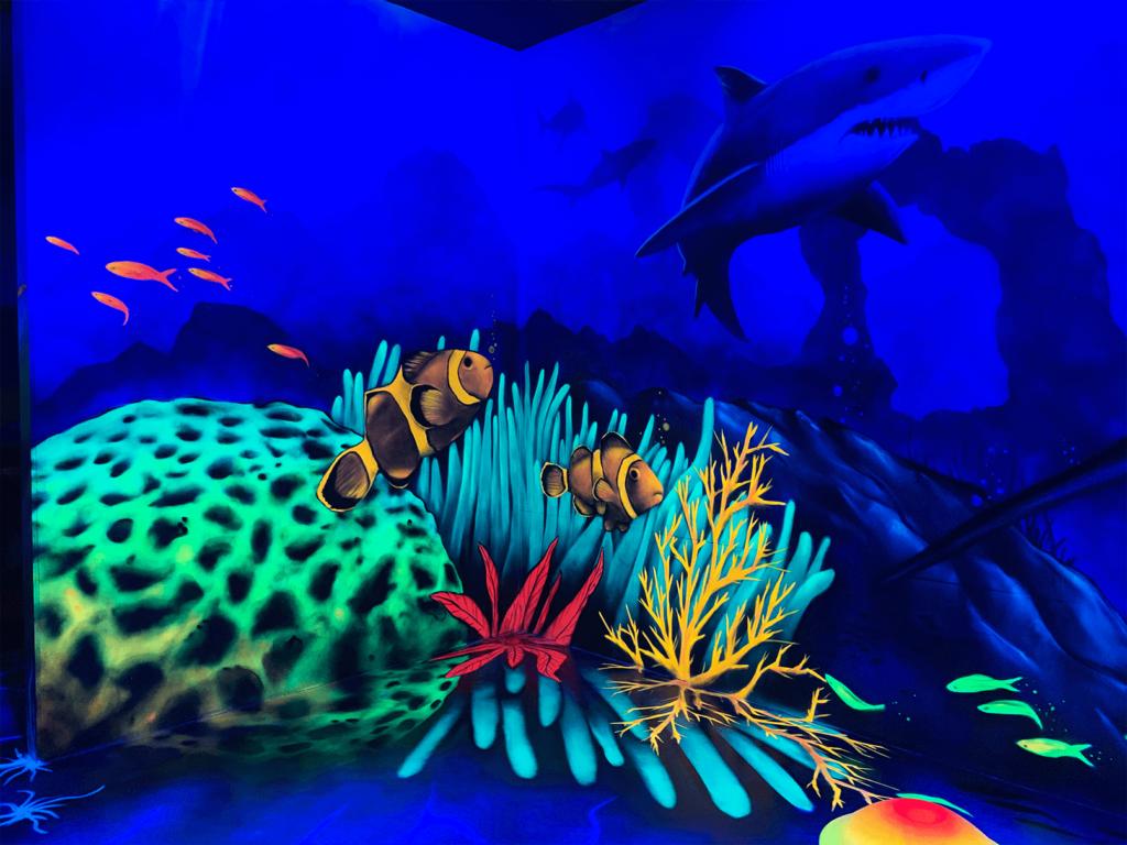 Schwarzlicht Unterwasser Wanddesign Korallenriff